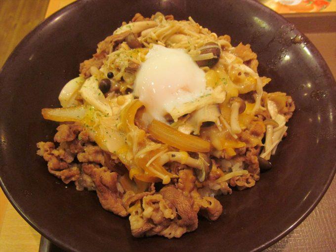 sukiya-kinoko-peperoncino-gyudon-cheese-ontama-mix-20191016-126