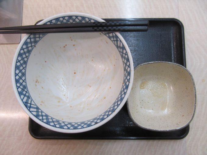 yoshinoya-nikudakugyudon-20200402-124
