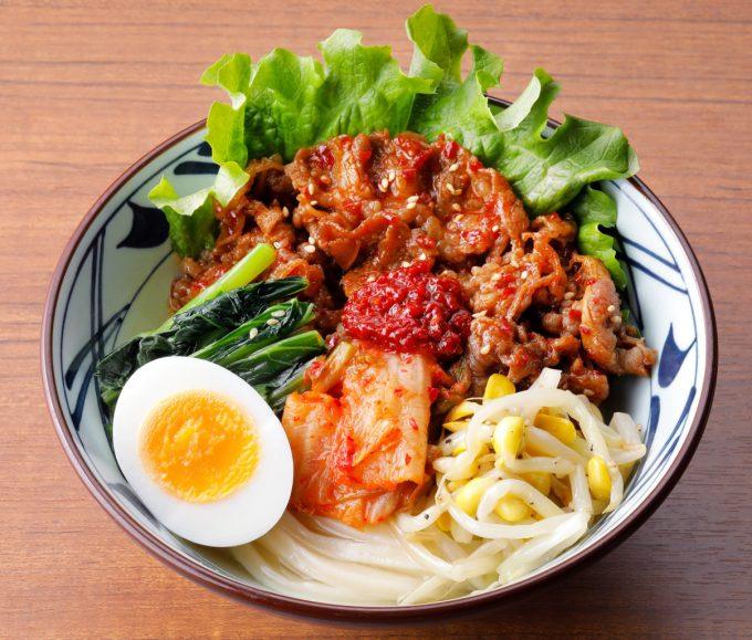 丸亀製麺_辛辛牛焼肉冷麺_商品画像_1205LB_20200708