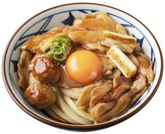 丸亀製麺_月見鶏すき焼きぶっかけ_商品画像_1205_20200826