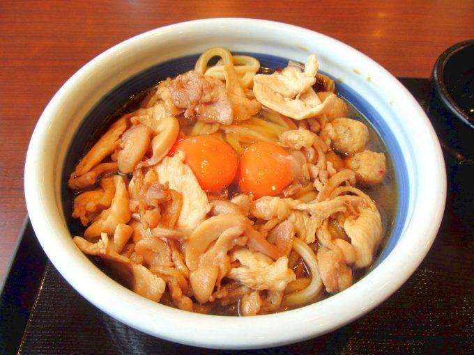 丸亀製麺月見鶏すき焼きぶっかけ2020得賞味アイキャッチ1280調整後