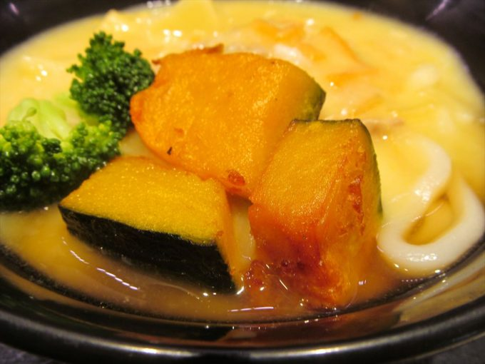 fujisoba-cream-stew-udon-20201020-033