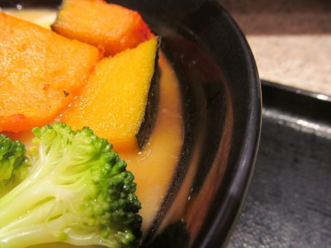 fujisoba-cream-stew-udon-20201020-038