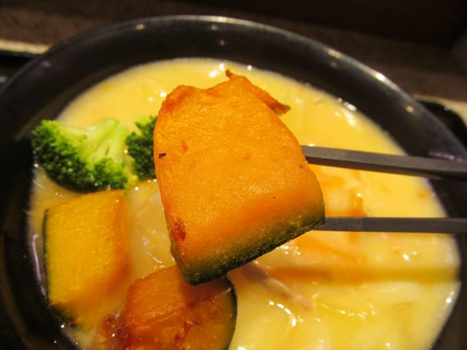 fujisoba-cream-stew-udon-20201020-040