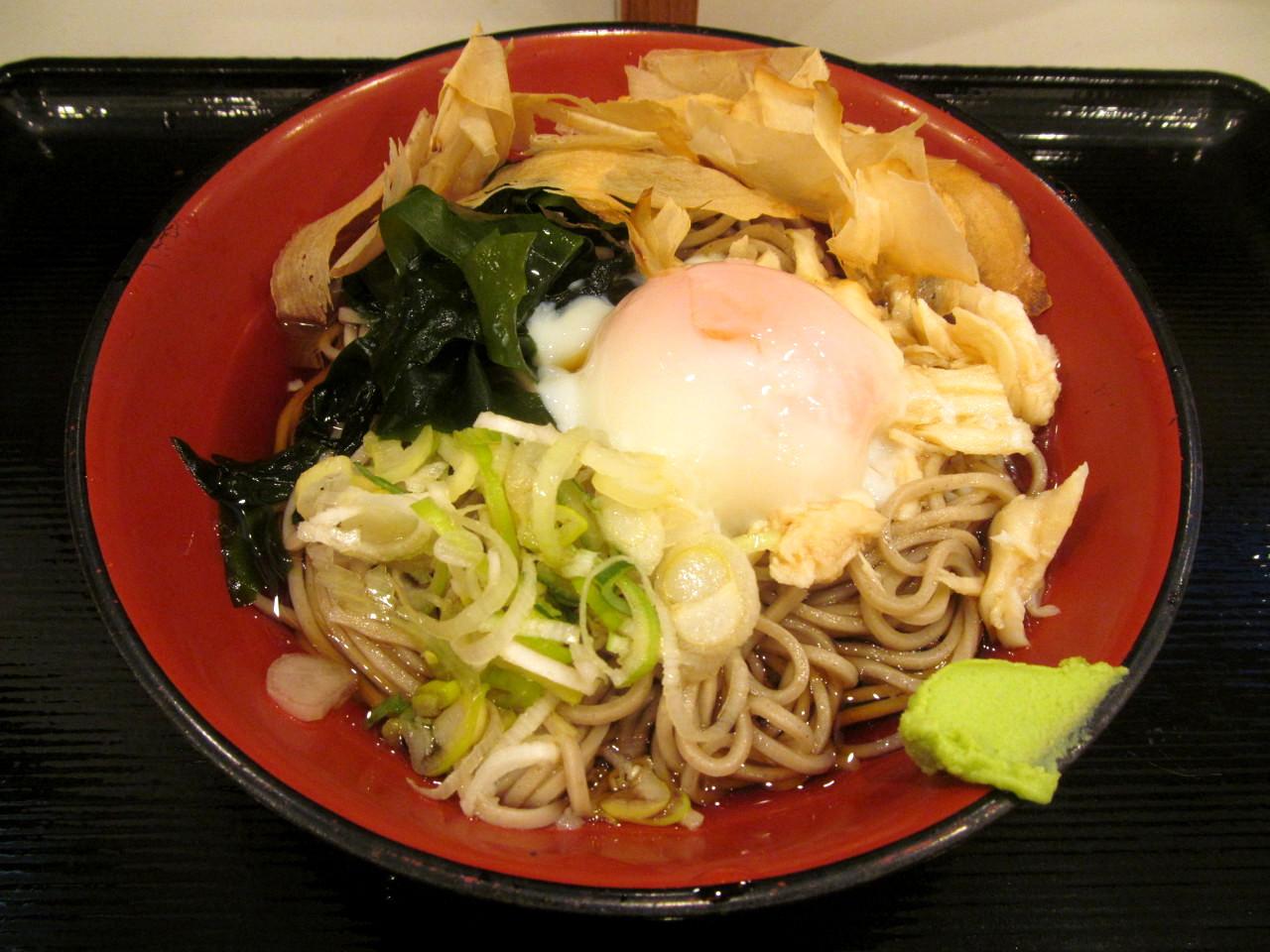 富士そばマグロ節鶏玉そば2021賞味アイキャッチ1280調整後2