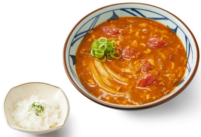 丸亀製麺_トマたまカレーうどん_商品画像_1205_20210830